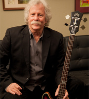 chris_hillman_byrds_bass.jpg